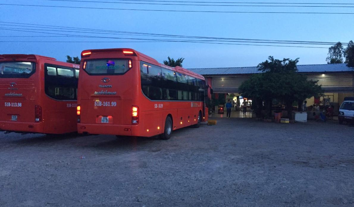 FUTA Bus Saigon Mui Ne Pit Stop